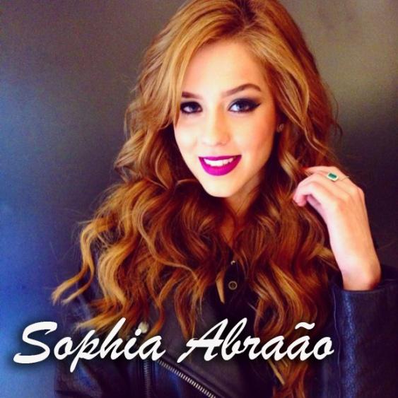 36813-sophia-e-a-ruiva-brasileira-do-momento-620x0-1